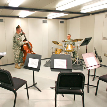 Individual and small group practice can be performed without interruption in our popular sound-isolating rooms. Many sizes and configurations available. Guaranteed sound isolation.